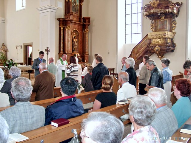 Church services for the Molidorf Treffen reunion<br>Click to enlarge